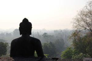 visit borobudur with Borobudur Holiday